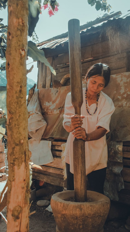 Coffee Pounding in Tinglayan, Kalinga